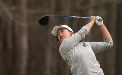 Thảo My trở lại giải vô địch golf nghiệp dư quốc gia mở rộng sau hai năm vắng bóng.