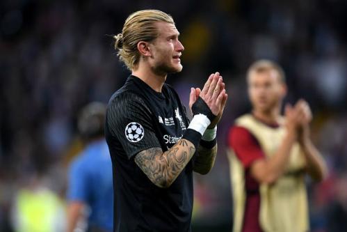 Thủ môn Karius khóc nức nở sau trận đấu. Ảnh:AFP.