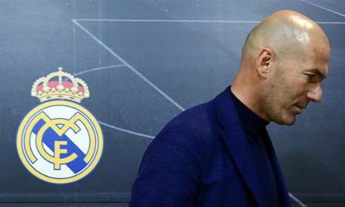 Zidane quyết định ra đi trên đỉnh cao danh vọng ở Real Madrid. Ảnh: AFP.
