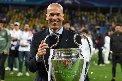 Zidane ra đi trên đỉnh vinh quang. Ảnh: AFP.