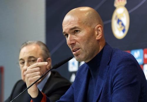 Zidane được nhiều đội bóng theo đuổi sau khi rời Real. Ảnh: AFP.