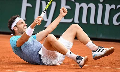 Cecchinato vui mừng với lần đầu hiện diện ở tứ kết Grand Slam. Ảnh: ATP.