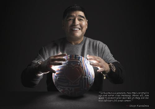 Pelé, Maradona tham gia chiến dịch chia sẻ thành công mùa World Cup của Hublot