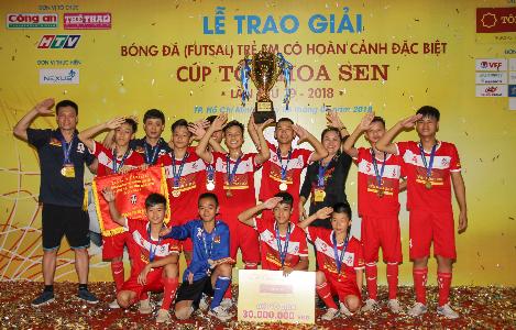 Hà Nội vô địch giải bóng đá trẻ em có hoàn cảnh đặc biệt 2018