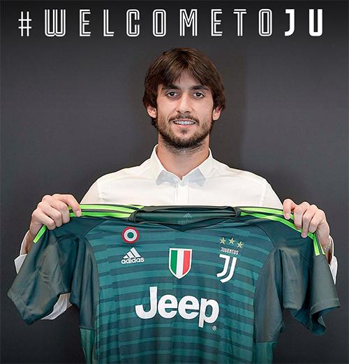 Perrin ra mắt tại Juventus hôm nay 9/6.