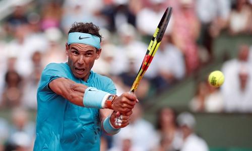 Tuổi tác chưa thể là lý do đủ sức đánh bại Nadal. Ảnh: AFP.