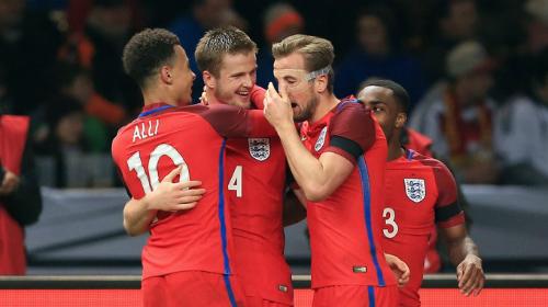 Dele Alli, Eric Dier, Harry Kane và Danny Rose trong màu áo tuyển Anh. Ảnh:AFP.