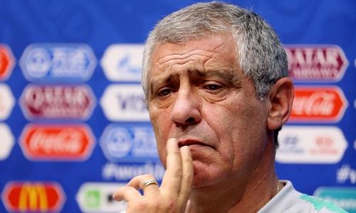 Santos không nghĩ Tây Ban Nha sẽ yếu đi sau khi thay HLV trước thềm World Cup. Ảnh: Reuters.
