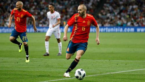 Iniesta là người trực tiếp mang về danh hiệu vô địch thế giới đầu tiên cho Tây Ban Nha.
