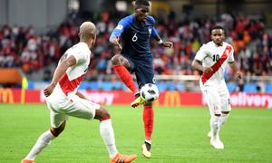 Pháp 1-0 Peru