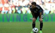 Messi - 'chú dê' oằn mình vì gánh nặng Argentina