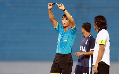 Trọng tài FIFA Đinh Văn Dũng ủng hộ việc đưa công nghệ vào bóng đá. Ảnh: Đức Đồng.