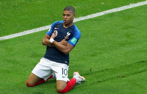 Mbappe tỏa sáng để loại Messi và đồng đội. Ảnh: Reuters.
