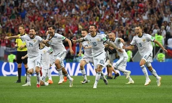 Niềm vui chiến thắng của đội tuyển Nga. Ảnh: Reuters.