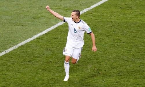 Denis Cheryshev là một trong những cầu thủ đá thành công ở loạt luân lưu của tuyển Nga. Ảnh: Reuters.