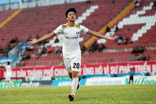 Phan Văn Đức đang có phong độ cao với bốn bàn sau ba trận gần nhất.