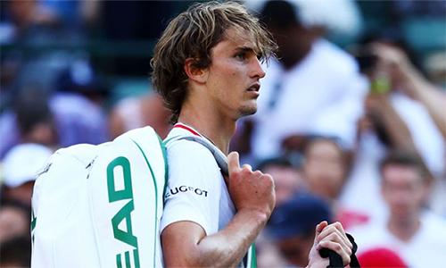 Alexander Zverev thể hiện tinh thần thi đấu tệ hại trong trận đấu tại vòng ba. Ảnh: Sky Sports.