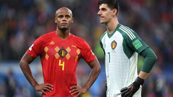 Đội tuyển Bỉ phải chờ thêm bốn năm nữa để chinh phục World Cup. Khi đó, họ khó có thể nhận sự phục vụ của trung vệ Vincent Kompany (trái). Ảnh:FIFA.