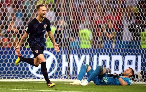 Rakitic lần đầu tiên dự trận bán kết World Cup. Ảnh: Reuters.