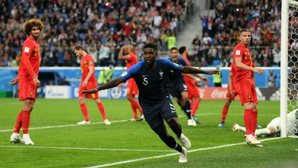 Pha lập công đưa Pháp vào chung kết của Umtiti. Ảnh:FIFA.