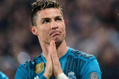 Ronaldo quyết định rời Real theo cách quyết liệt và ồn ào.