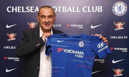 Sarri thay thế người đồng hương Conte. Ảnh: CFC.