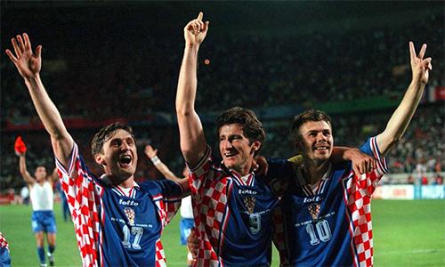 Thành công của thế hệ Suker, Jarni, Boban năm 1998 truyền cảm hứng cho nhiều đứa trẻ Croatia mê bóng đá, trong đó có Ivan Perisic.