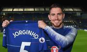 Chelsea chi 75 triệu đôla, 'giật' Jorginho trước mũi Man City