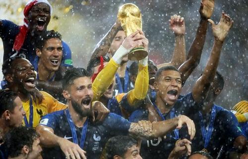 Những trụ cột đá chung kết World Cup 2018 của Pháp đều còn rất trẻ. Ảnh: Reuters.