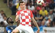 Mandzukic đi vào lịch sử World Cup bằng pha phản lưới
