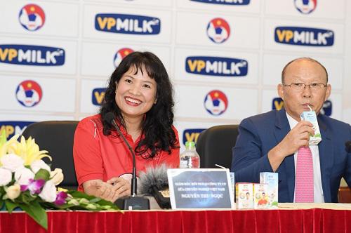 Ông Park trở thành đại diện thương hiệu IQLac Pro của VPMilk với mong muốn truyền tải thông điệp Nhớ uống sữa mỗi ngày đến gần với trẻ em và gia đình, để cải thiện nền tảng thể lực và trí lực.