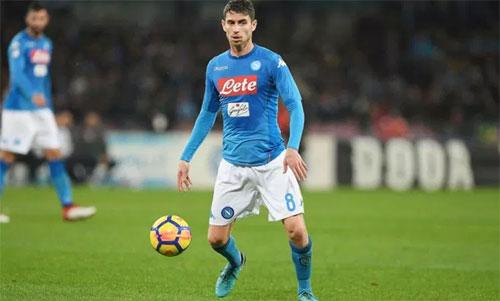 Jorginho là thủ lĩnh đưa Napoli đến vị trí thứ hai Serie A mùa trước. Ảnh: Reuters