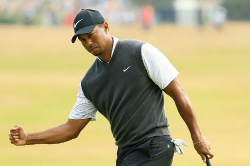 Tiger Woods chơi vòng golf ấn tượng với sáu birdie và một bogey, mở ra cơ hội cạnh tranh vô địch The Open năm nay.Ảnh: Golfdigest.