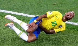Neymar: 'Mọi người không hiểu tôi bị đau thế nào'