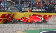 Vettel gặp nạn, Hamilton vượt khó để về nhất ở GP Đức