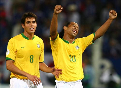 Bóng đá Brazil hiện đại không còn sản sinh ra nhiều những Capoeirista như Ronaldinho, mà có vô số tài năng kiểu được đào tạo bài bản như Kaka.