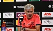 Mourinho nổi cáu với chính sách chuyển nhượng của Man Utd