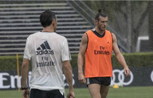 Bale trên sân tập của Real trước mùa giải mới. Ảnh:AP.