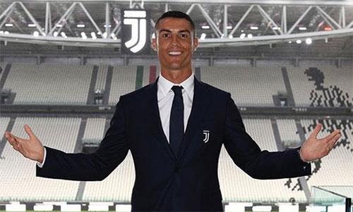 Ronaldo sẽ là cầu thủ có thu nhập cao nhất Serie A mùa tới. Ảnh: Juventus FC