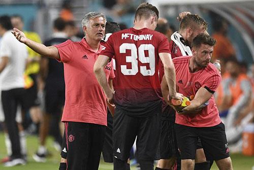 Mourinho hài lòng với sự cố gắng của các học trò. Ảnh: AP.