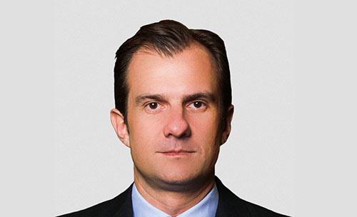 Tân Giám đốc phụ trách doanh thu của Roma, Calvo. Ảnh: Twitter.