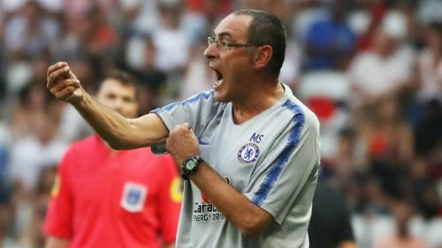 Sarri đến với nghề huấn luyện viên muộn, nhưng tư duy cấp tiến và luôn quyết liệt bảo vệ lý tưởng bóng đá đẹp.