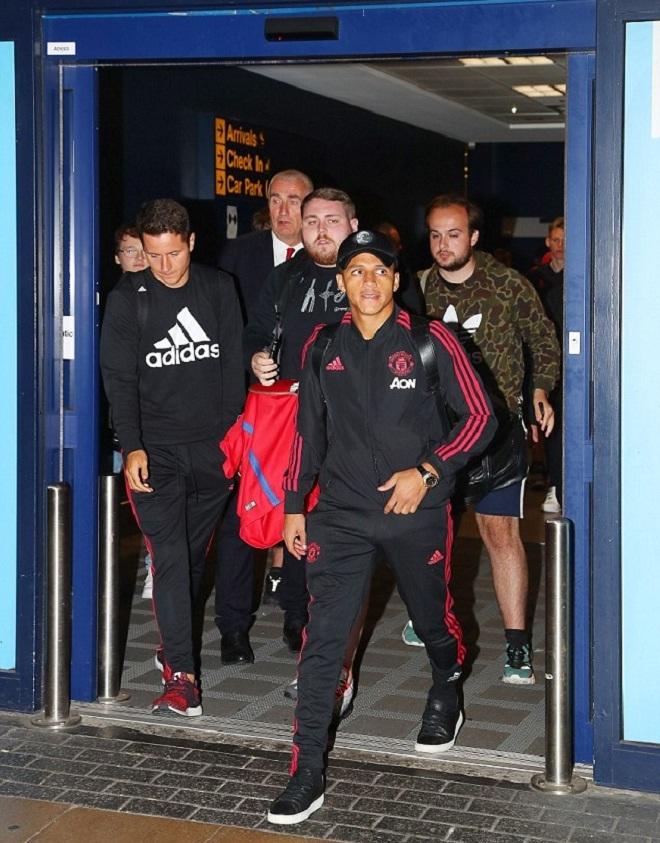 Man Utd về nhà sau chuyến du đấu thảm hại
