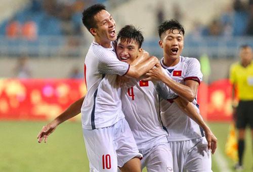 Liên tục thử nghiệm đội hình nhưng Olympic Việt Nam vẫn thắng Palestine (2-1) và Oman (1-0) tại giải giao hữu U23 quốc tế - Cup Vinaphone. Ảnh: Lâm Thỏa