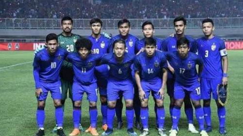 Đội hình ra sân của Thái Lan gặp Myanmar ở Alpine Cup 2018. Ảnh: MFF.
