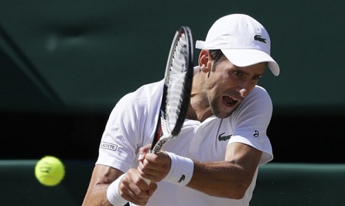 Djokovic giành thêm một chiến thắng dễ dàng, duy trì sự tự tin sau chiến thắng ở Wimbledon. Ảnh: AP.
