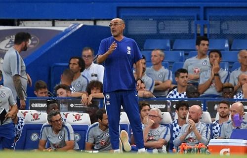 Triết lý bóng đá của Sarri cần nhiều thời gian để học trò tiếp thu. Ảnh: Reuters.