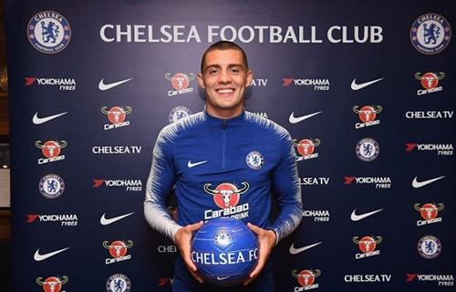 Kovacic đến Chelsea với kỳ vọng được đá chính thường xuyên. Ảnh: AP