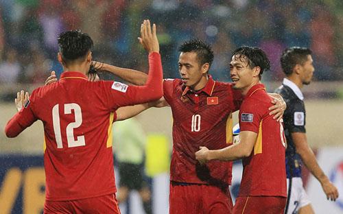 Văn Quyết tin Olympic Việt Nam có thể vượt qua vòng đấu bảng Asiad 2018.