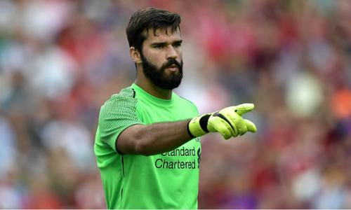 """Alisson: """"Salah là tấm gương để thành công tại Liverpool"""""""